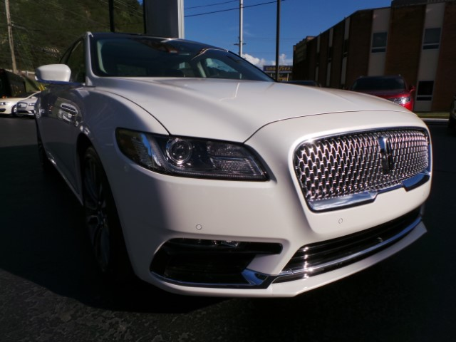 2018 Lincoln Continental Select AWD