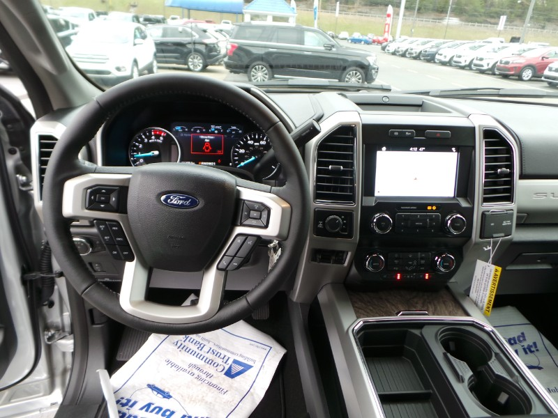 2019 Ford F-250 SD LARIAT 4WD Crew Cab 8' Box
