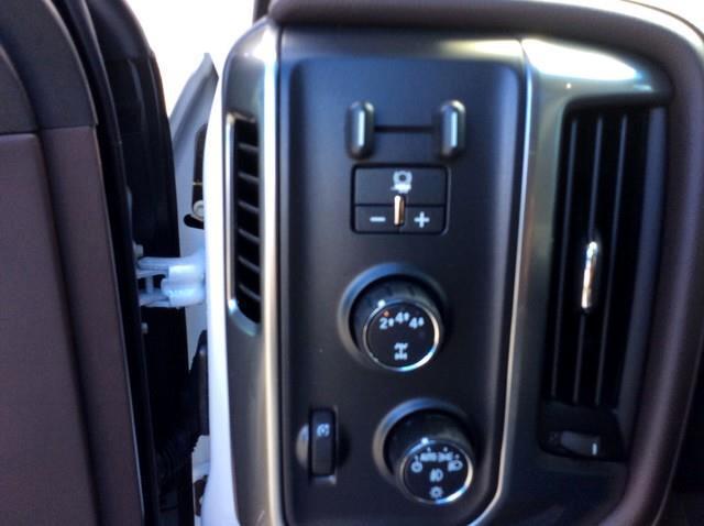 2019 Chevrolet Silverado 2500HD 4WD Crew Cab 153.7 LTZ