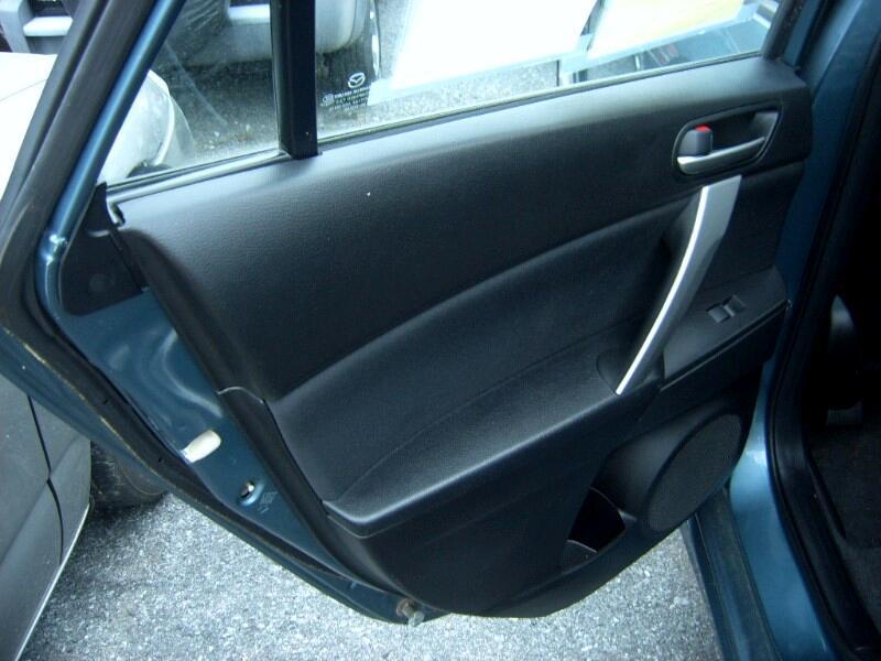 2010 Mazda MAZDA3 s Sport 5-Door