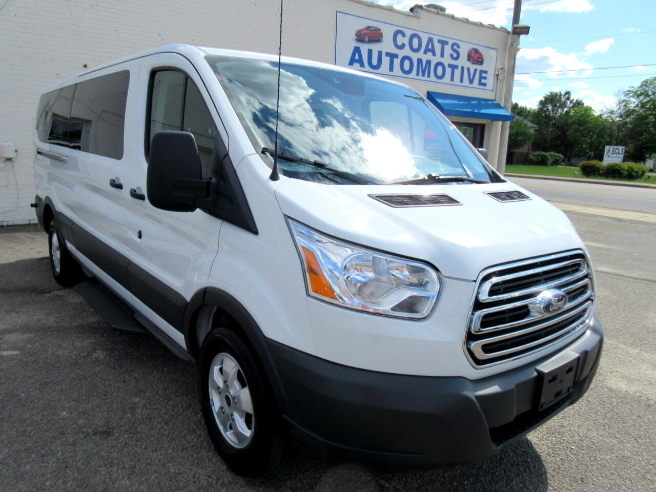 2018 Ford Transit 350 Wagon Low Roof XLT w/Sliding Pass. 148-in. WB