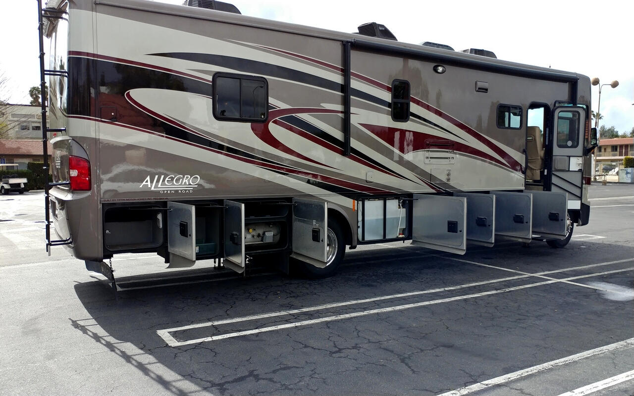 2013 Tiffin Motorhomes Allegro Open Road 36LA