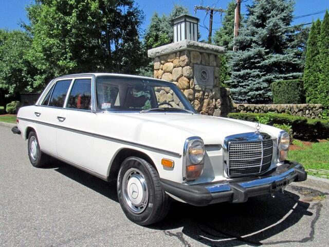 1976 Mercedes-Benz 230-Class