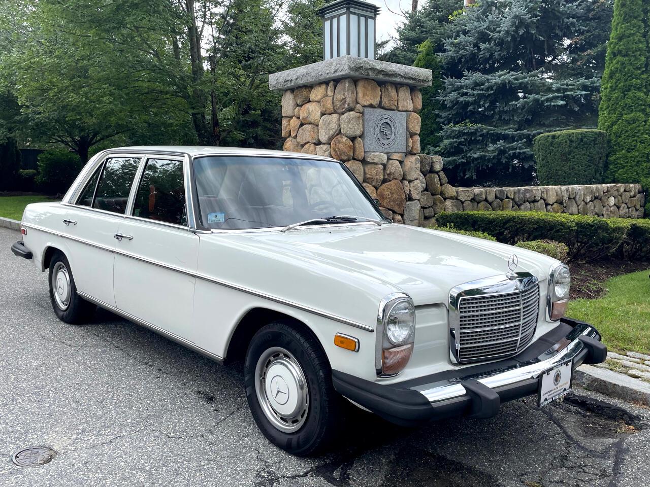 Mercedes-Benz 230-Class  1976