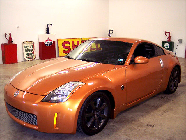 Nissan 350Z Track Coupe 2004
