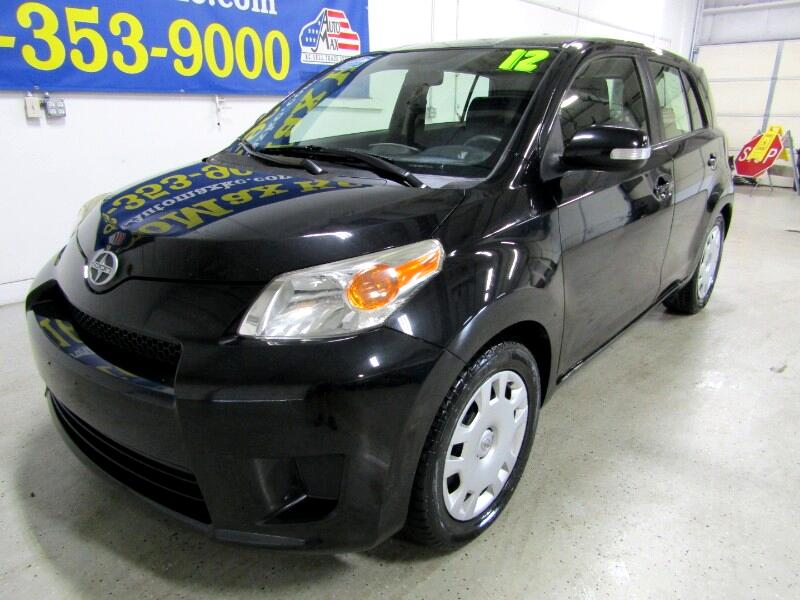 Scion xD  2012