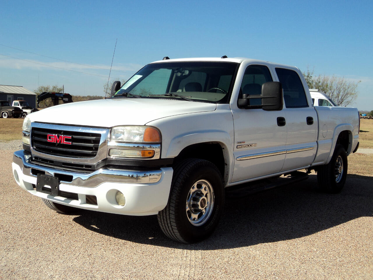 2005 GMC Sierra 2500HD CREW CAB SHORT BED 2WD SLT