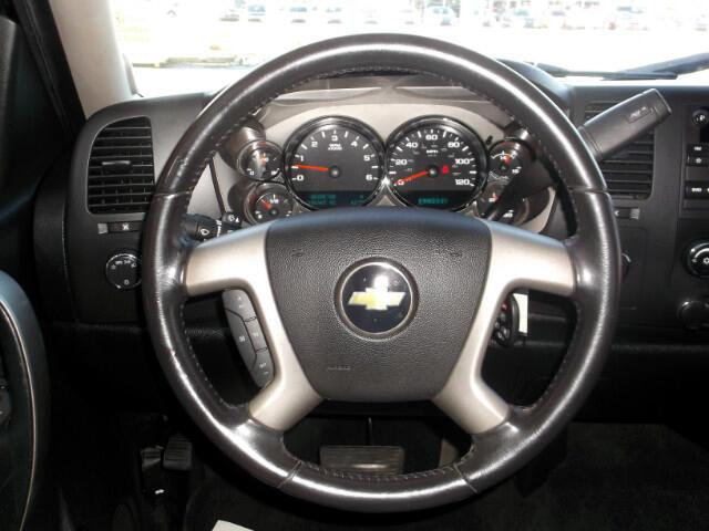 Chevrolet Silverado 1500 LT Crew Cab 4WD 2011