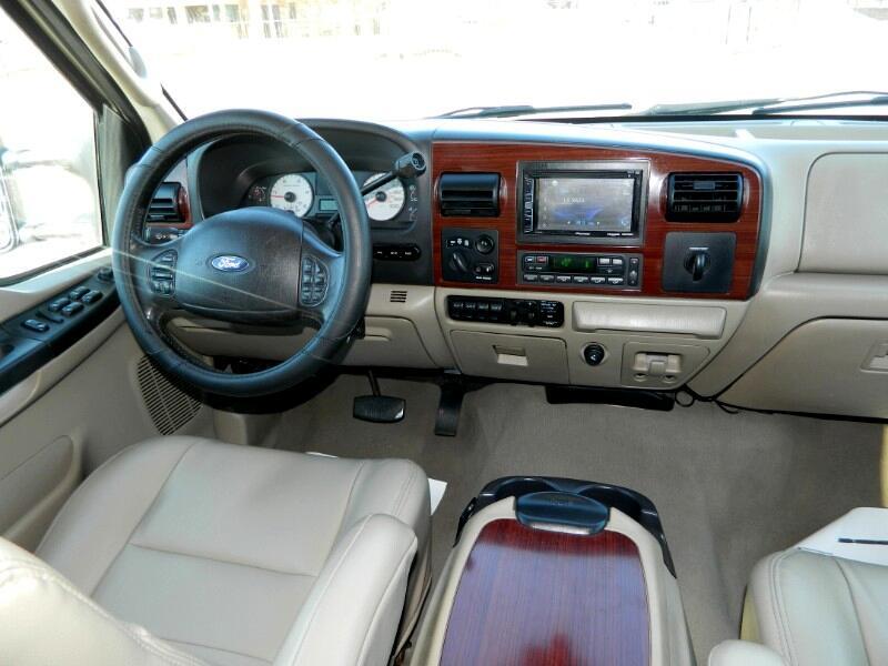 2007 Ford F-250 SD Lariat Crew Cab 4WD