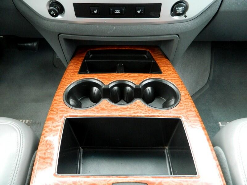 2006 Dodge Ram 2500 Laramie Mega Cab 4WD