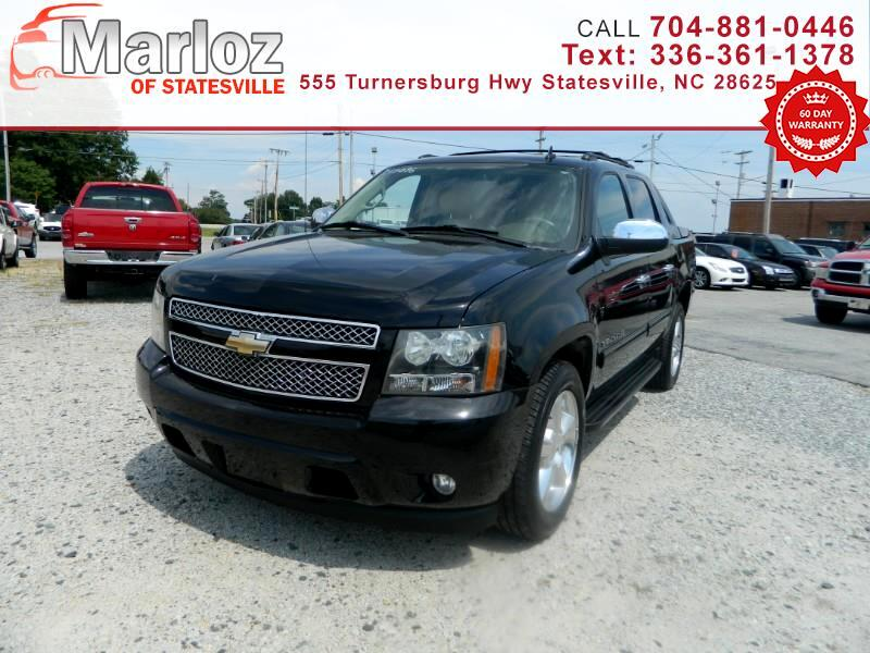 Chevrolet Avalanche 2WD Crew Cab LT 2011