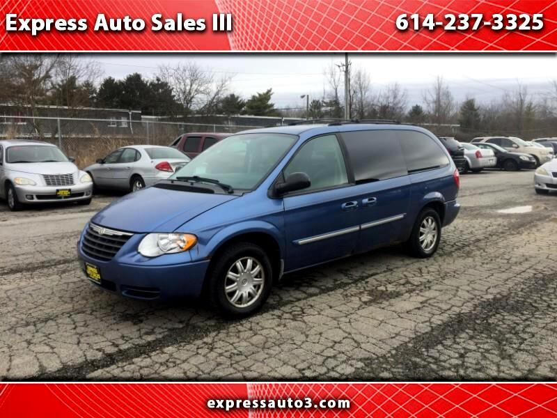 Chrysler Town & Country  2007