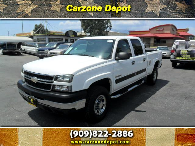 2005 Chevrolet Silverado 2500HD LS Crew Cab Short Bed 2WD