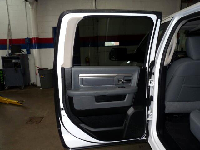 2016 RAM 1500 SLT Crew Cab SWB 4WD
