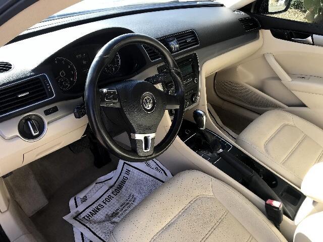 2014 Volkswagen Passat 1.8T Wolfsburg AT