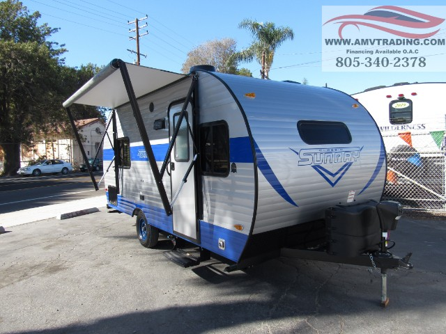 2019 Sunset Trail Super Lite LT22BH BY CrossRoads SUNRAY 169