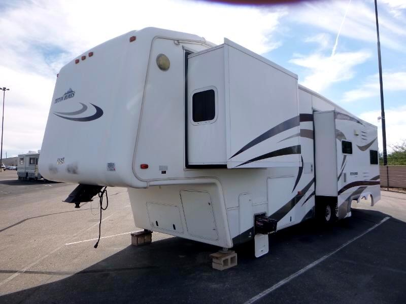 2007 Teton Royal 36' Liberty Experience 3 axle triple slide