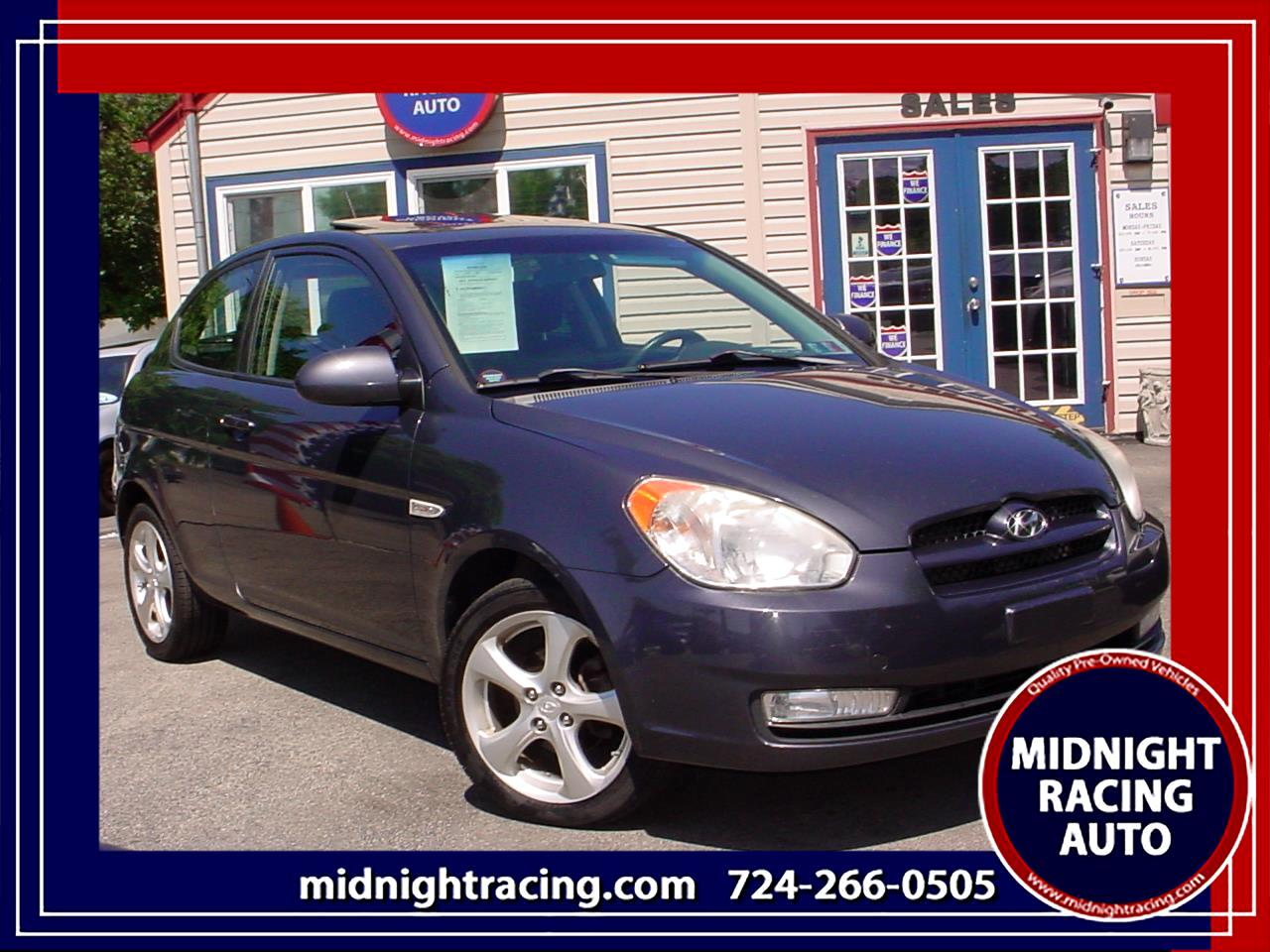 2009 Hyundai Accent SE 3-Door
