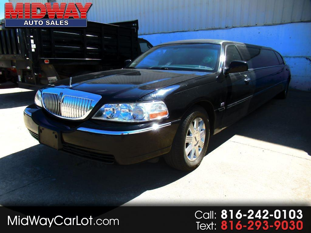 2006 Lincoln Town Car 4dr Sdn Executive w/Limousine Pkg