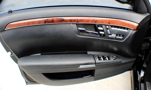 2009 Mercedes-Benz S-Class 4dr Sdn 6.3L V8 AMG RWD