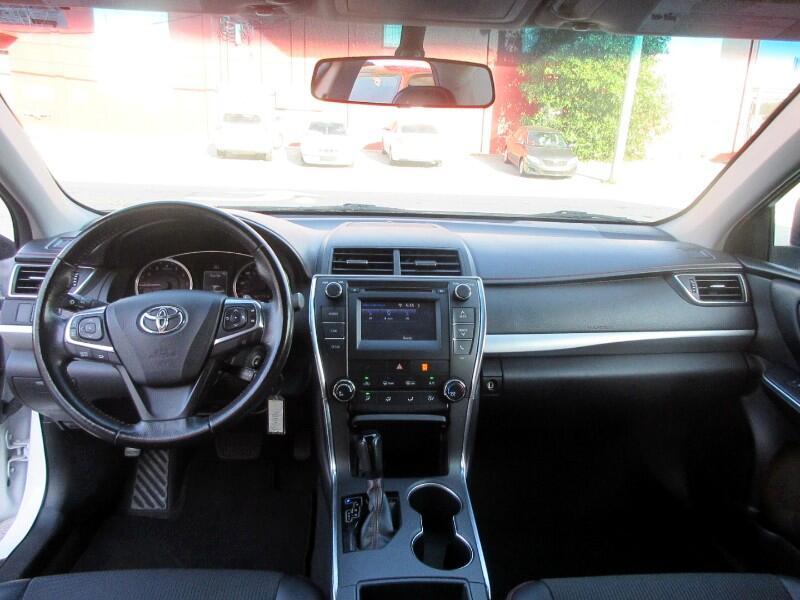 Toyota Camry 4dr Sdn I4 Auto SE w/Special Edition Pkg (Natl) 2016