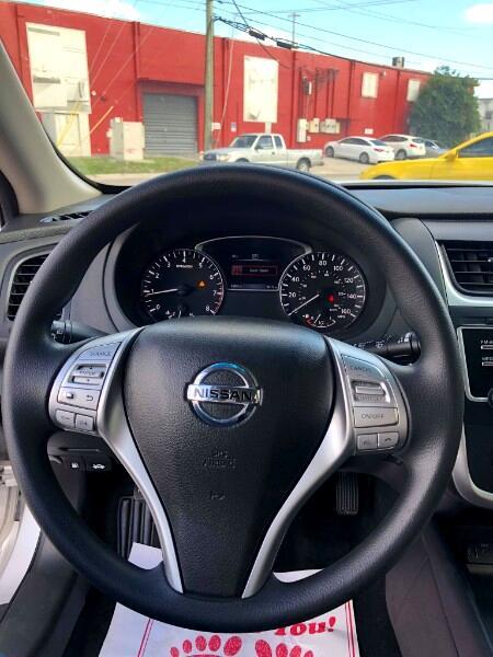 Nissan Altima 2017.5 2.5 S Sedan 2017