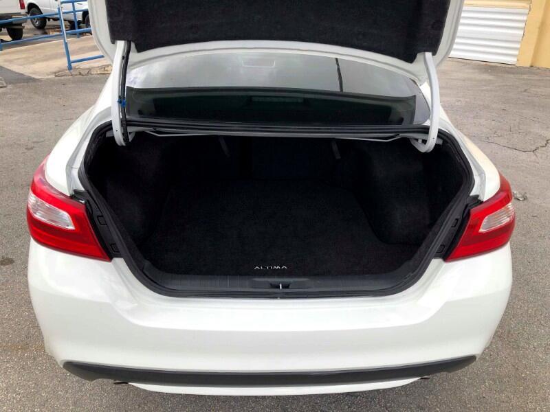 Nissan Altima 2.5 S Sedan 2017