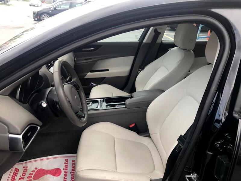 Jaguar XE 35t Premium RWD *Ltd Avail* 2018