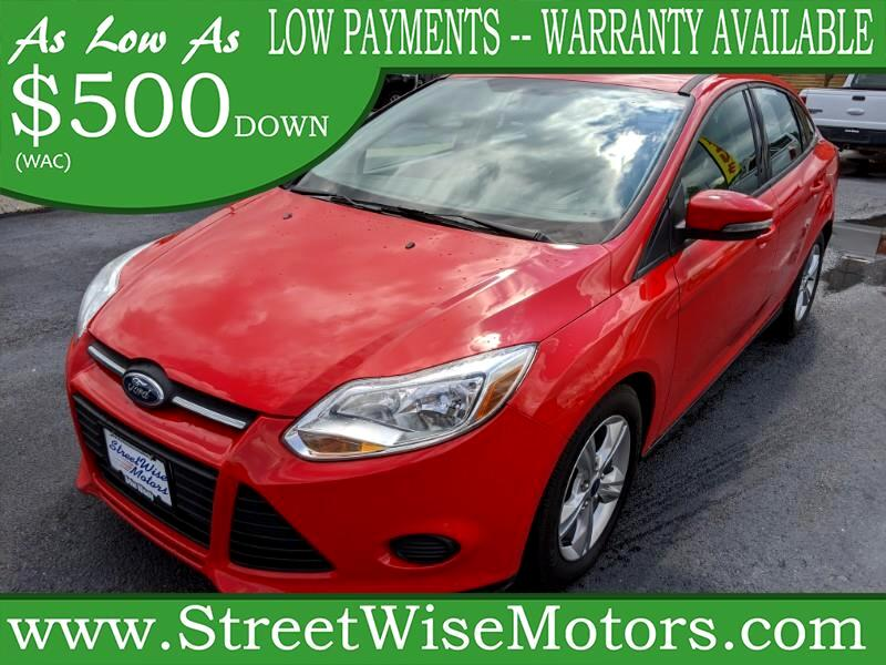 Ford Focus SE Sedan 2013