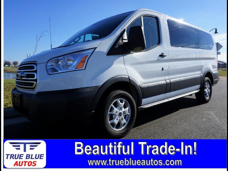 2015 Ford Transit 150 Wagon Low Roof XLT w/Sliding Pass. 130-in. WB