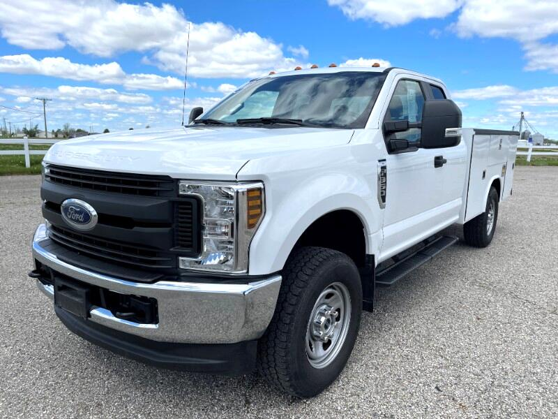 Ford F-350 SD XL SuperCab 4WD 2018