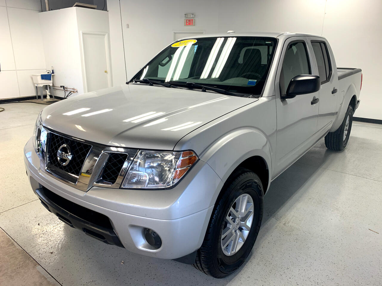 Nissan Frontier SV Crew Cab 4WD LWB 2016