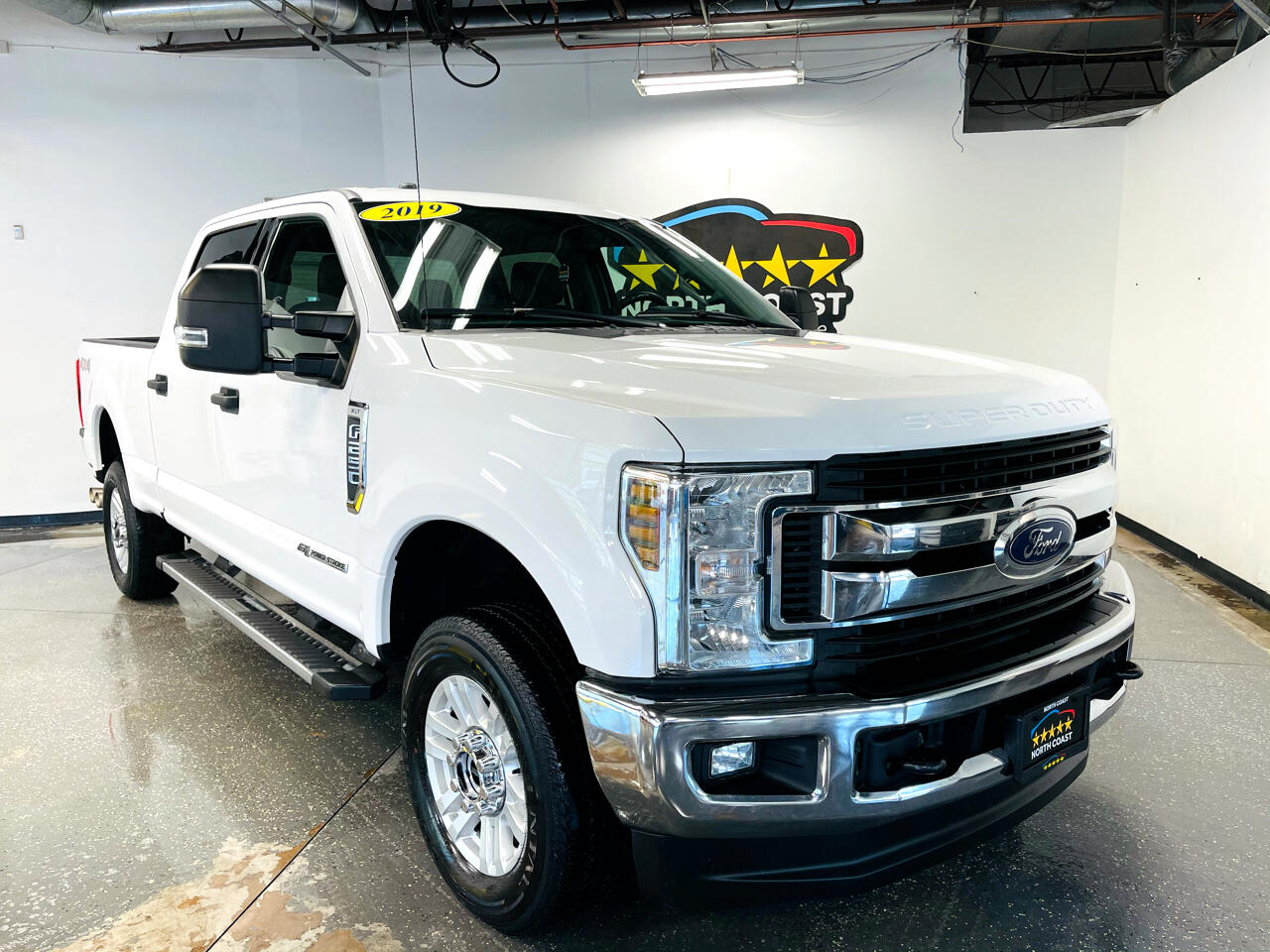 Ford F-250 SD XLT Crew Cab Long Bed 4WD 2019