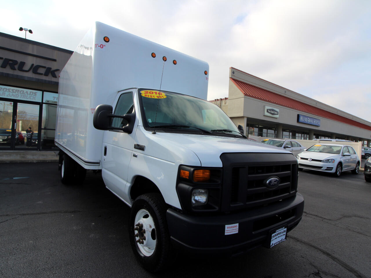 "2016 Ford Econoline Commercial Cutaway E-350 Super Duty 138"" DRW"