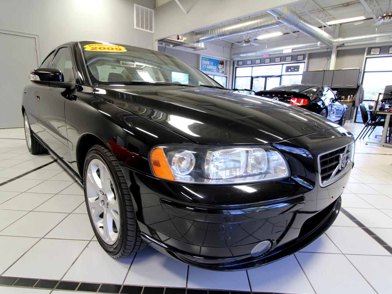 Volvo S60 4dr Sdn 2.5T FWD 2009