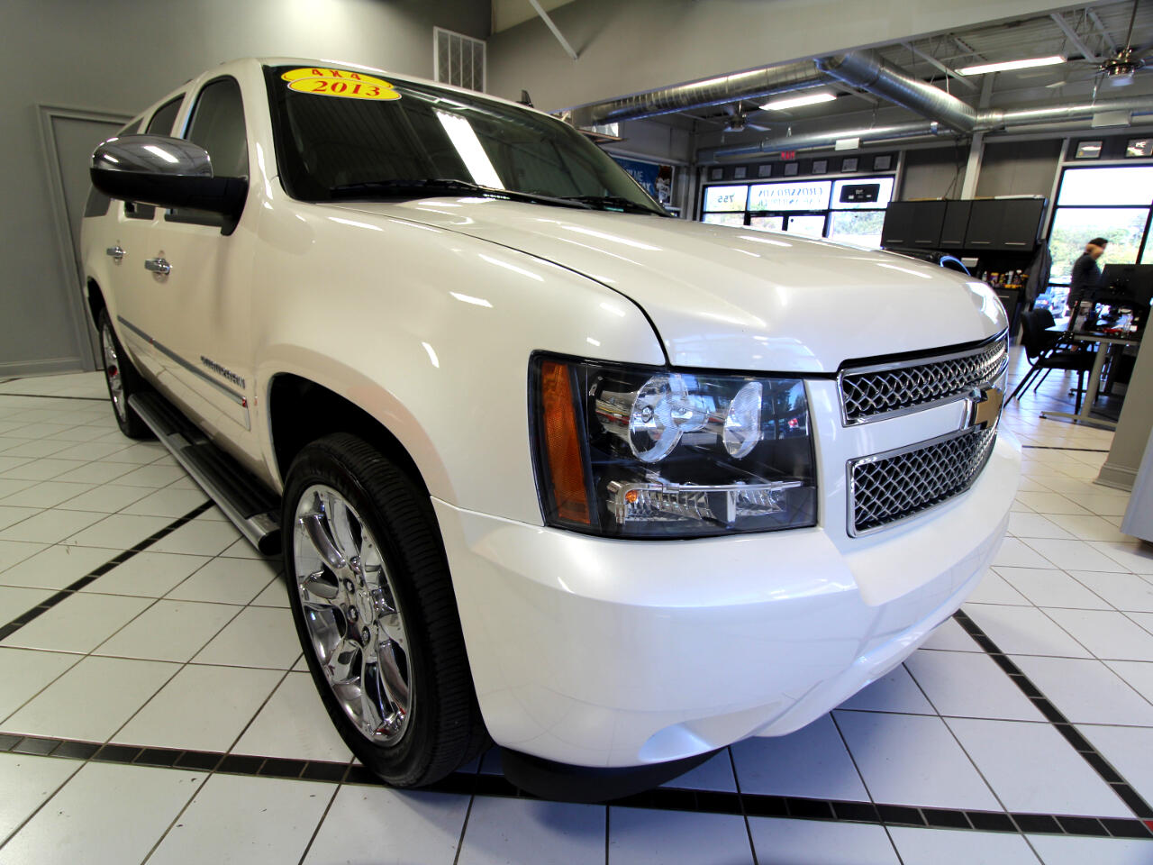 2013 Chevrolet Suburban 4WD 4dr 1500 LTZ
