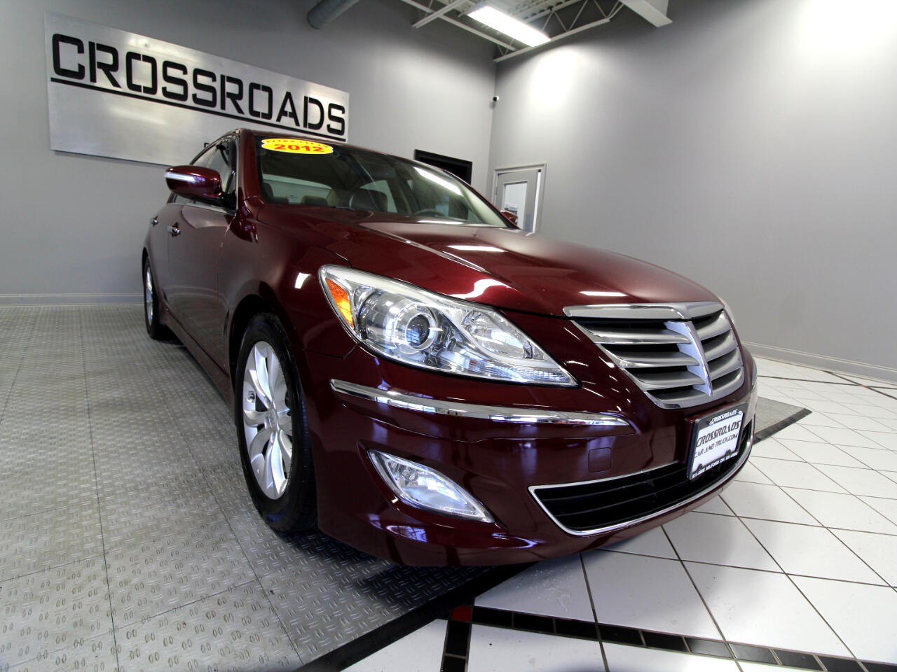 Hyundai Genesis 4dr Sdn V6 3.8L 2012