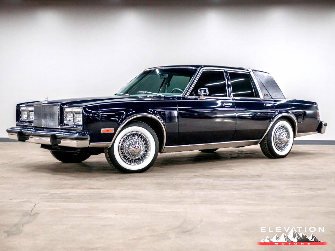 Chrysler New Yorker Base 1982