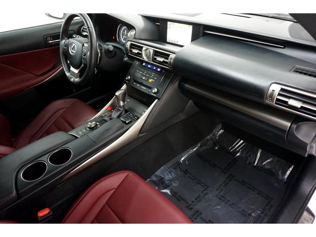 Lexus IS 250 4dr Sport Sdn RWD 2015