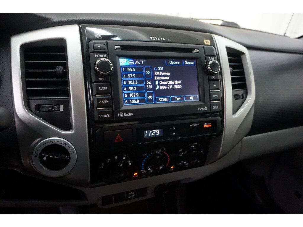 2013 Toyota Tacoma 4WD Double Cab LB V6 AT (Natl)