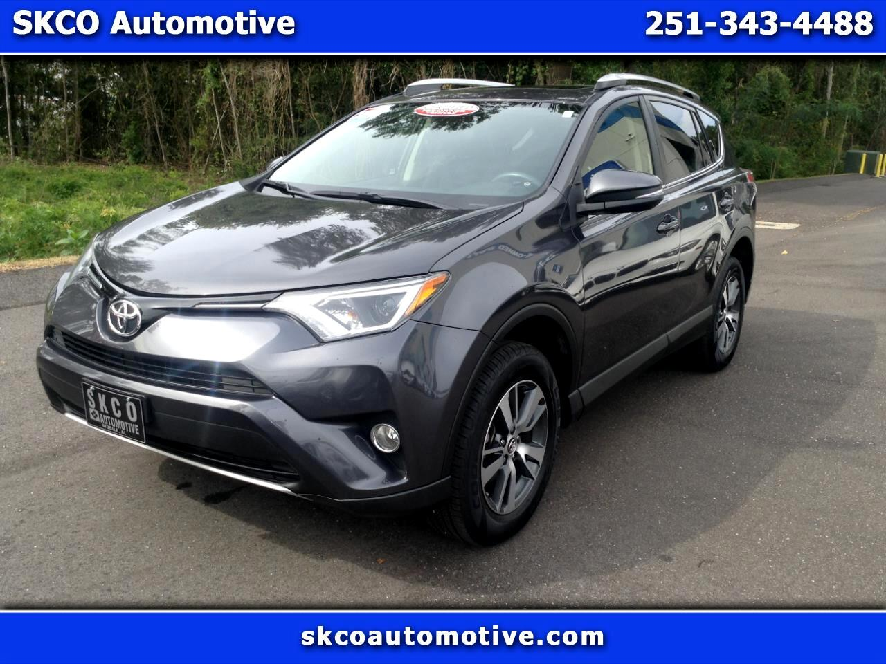 2016 Toyota RAV4 XLE FWD photo
