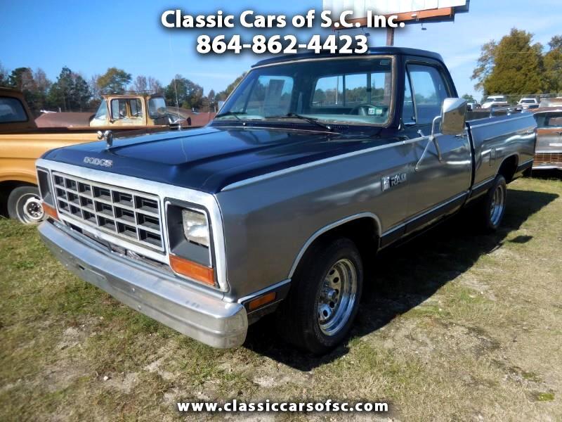 1984 Dodge D150 2WD