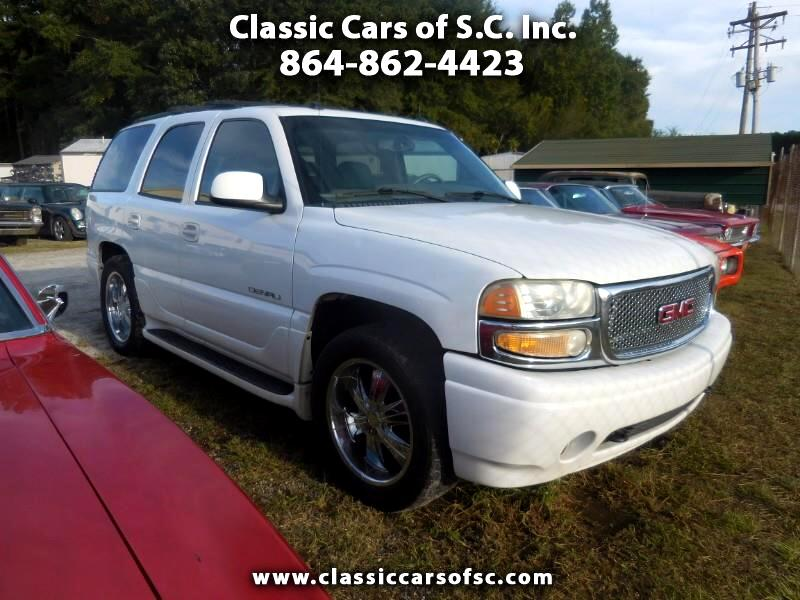 2004 GMC Yukon Denali Base