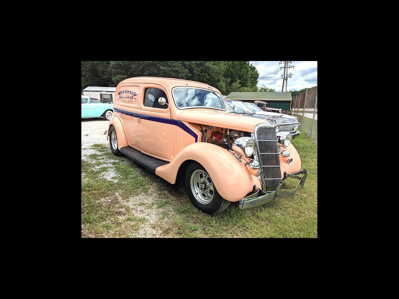 Ford Sedan  1935