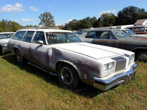 1977 Oldsmobile Custom Cruiser wagon