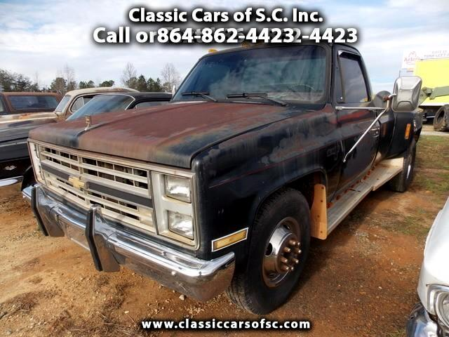 1986 Chevrolet C/K 30 Regular Cab 2WD