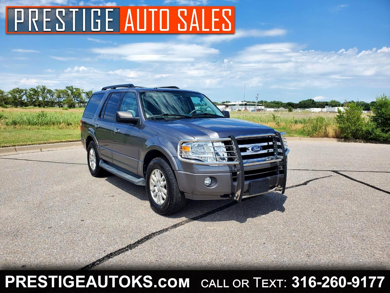 Ford Expedition XLT 5.4L 4WD 2011