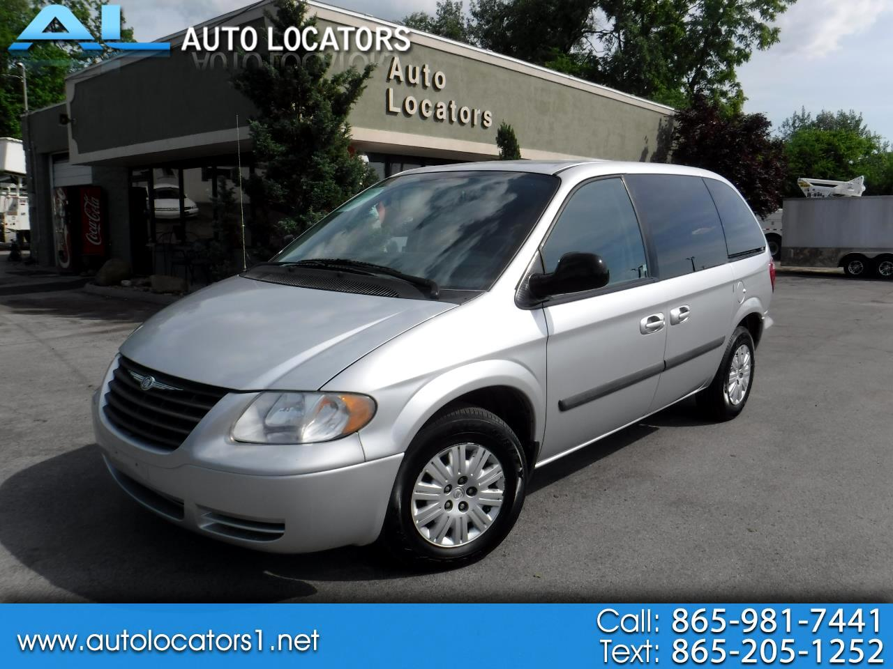 2006 Chrysler Town & Country SWB 4dr
