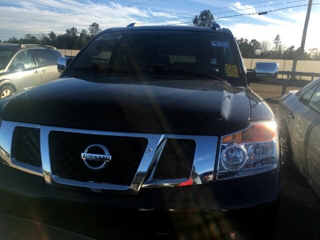 Nissan Armada Platinum 4WD 2012