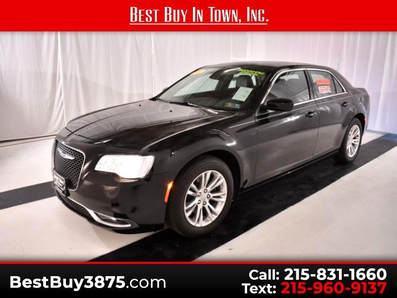 2017 Chrysler 300 4dr Sdn Touring RWD